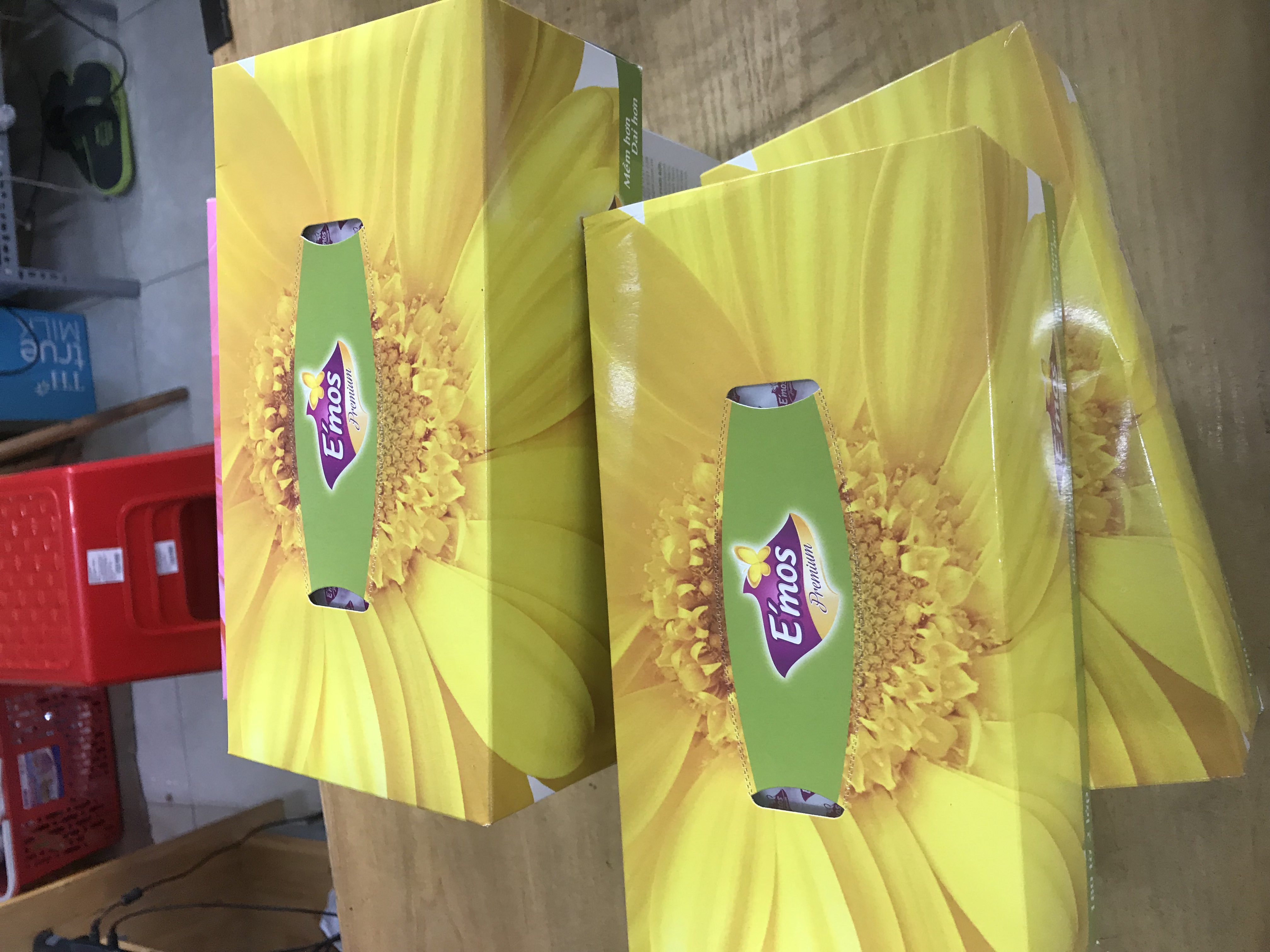 Giấy ăn (giấy lụa) Emos có đủ các loại zalo 0912.677.982